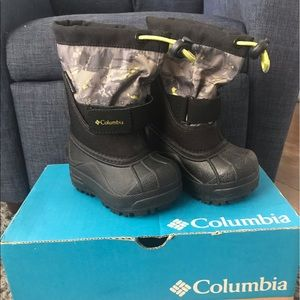 Toddler Boys Size 5 Columbia Winter Boots